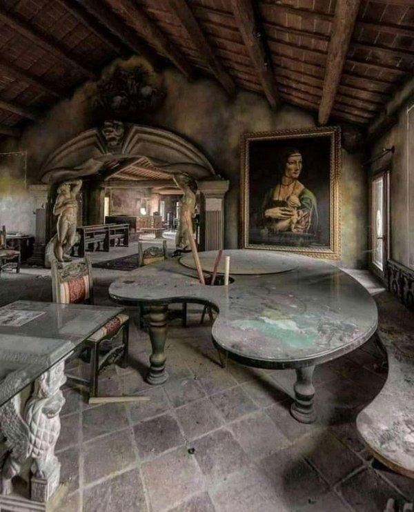 Заброшенная художественная студия в Италии