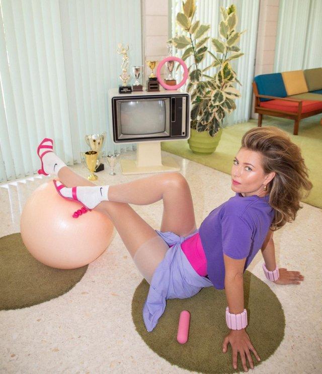 Мария Шарапова в образе 80-х