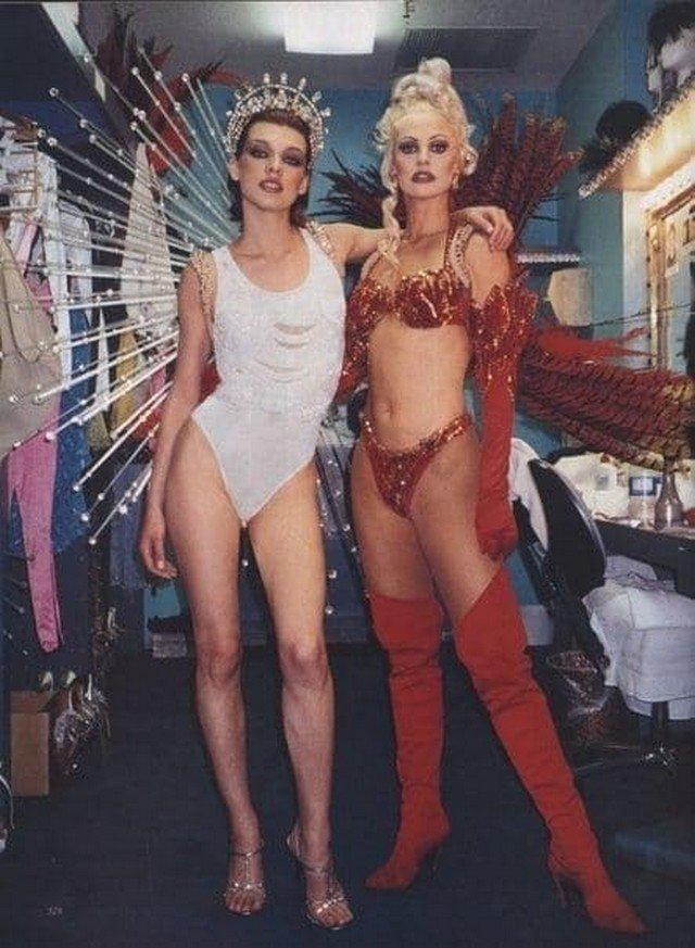 Милла Йовович для журнала Harper's Bazaar, 1998 год.