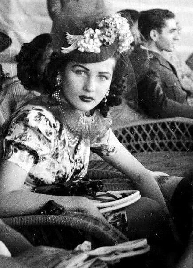 Королева Иpaна и Eгипта Фавзия Фуад, 1943 год