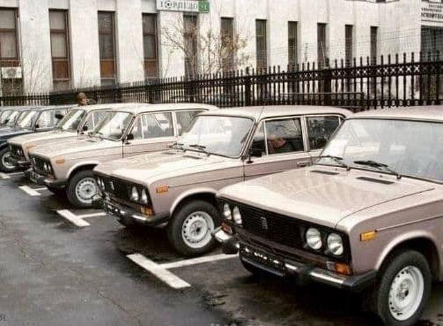 Автомобили ВАЗ-2106