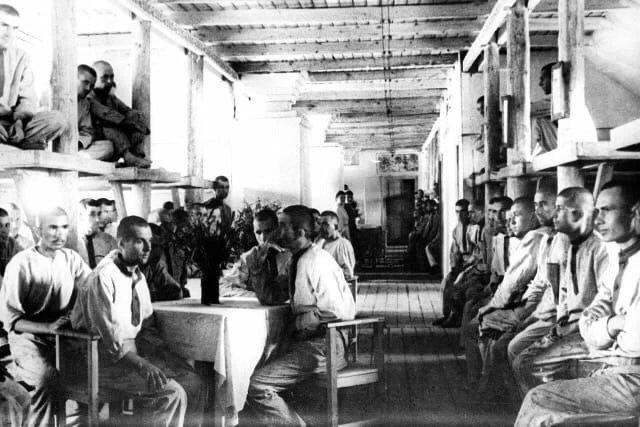 Заключенные Воркутлага, СССР, 1945 год .