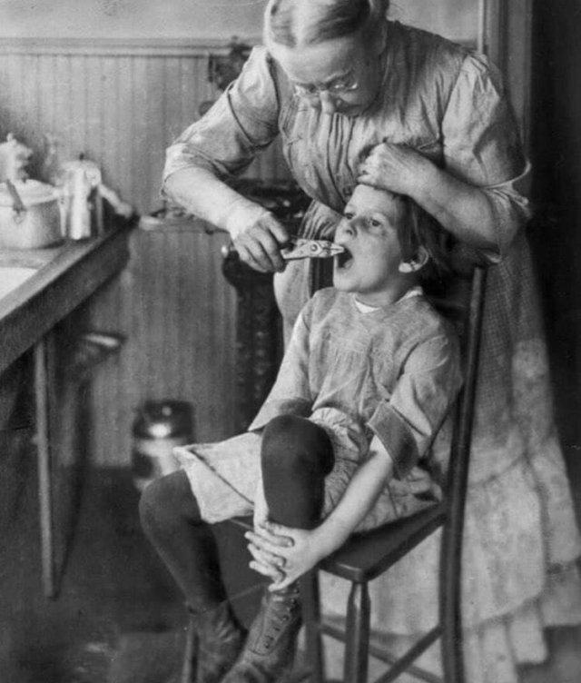 Домашняя стоматология, в начале 20 века.