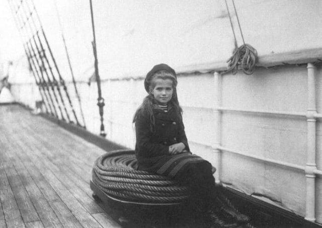 Великая княжна Мария Николаевна на императорской яхте «Полярная Звезда», 1907 год.