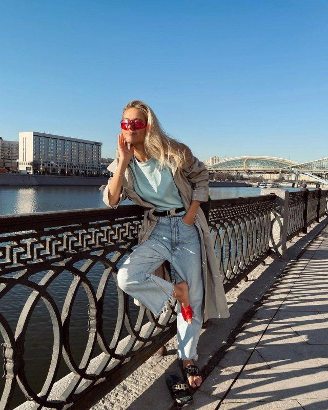 Юлия Паршута в casual-одежде