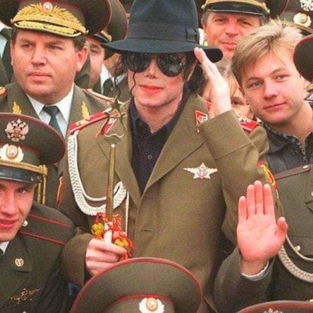"""Майкл Джексон во время своего концертного тура """"HIStory"""". Москва, 1996 год"""