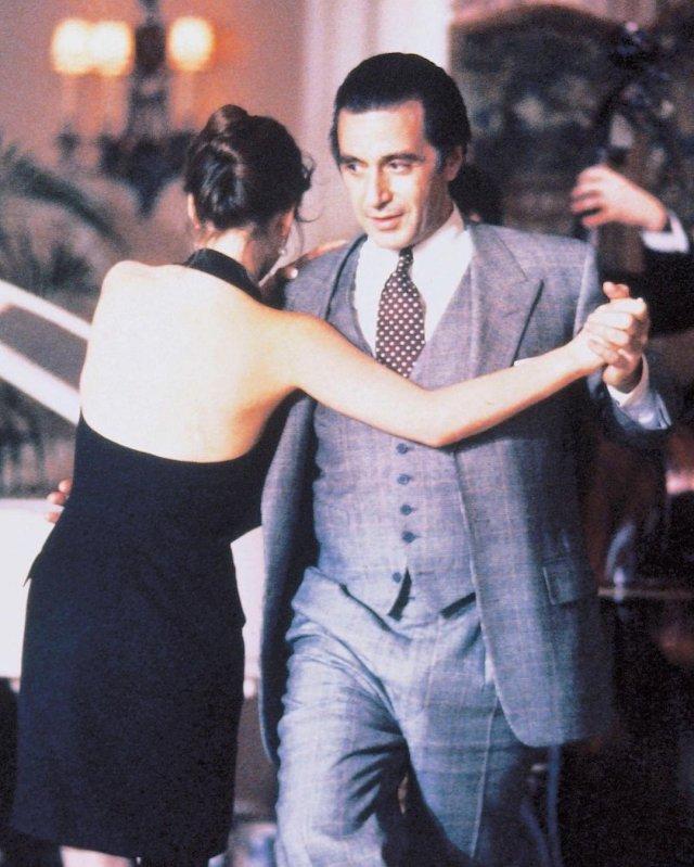 """Аль Пачино в сером костюме из фильма """"Запах женщины"""""""