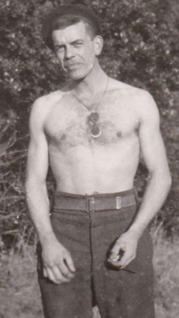 Мой 22-летний дедушка, канадский солдат, 1940 год