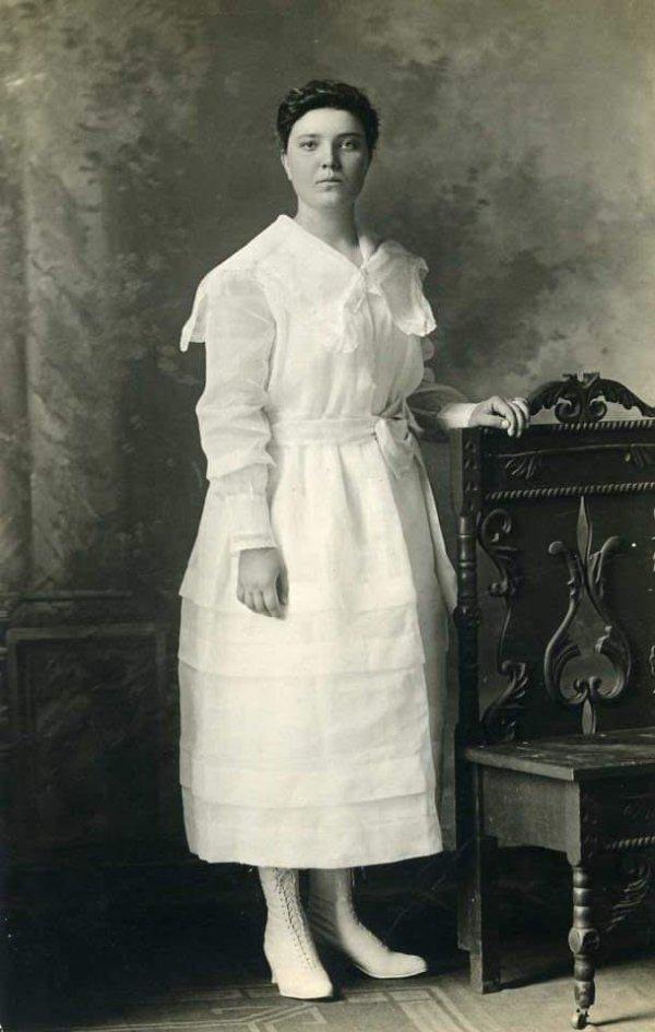 Моя 16-летняя бабушка в 1917 году