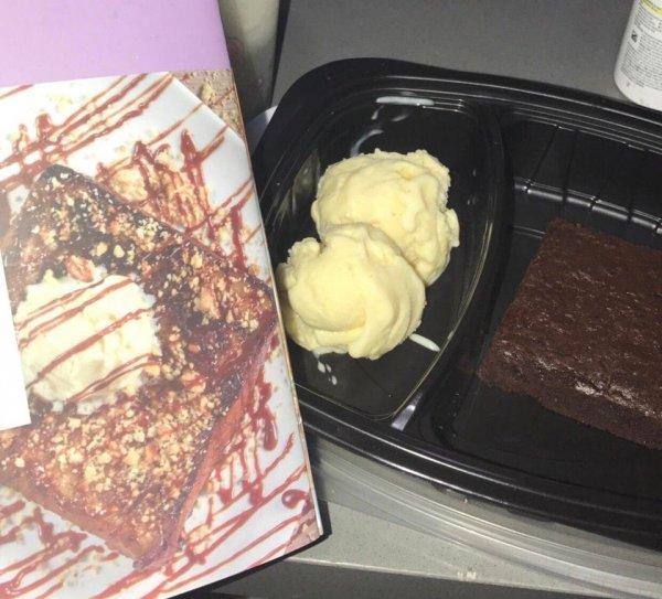 Заказал десерт в номер и немножко удивился