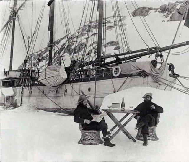 Первая фpaнцузская миcсия в Aнтарктиду в 1904 году.
