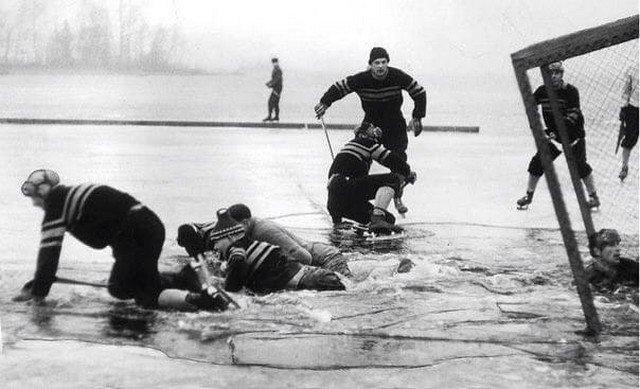 Хоккеисты провалились под лёд на полуфинале чемпионата Швеции, 1959 г.