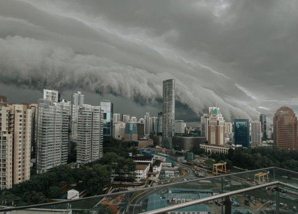 Сингапур готовится встретить сильную грозу