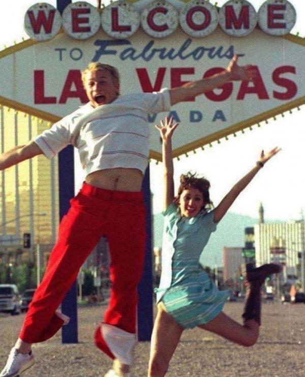 Хит Леджер и Роуз Бирн в Лас-Вегасе, 1999 год