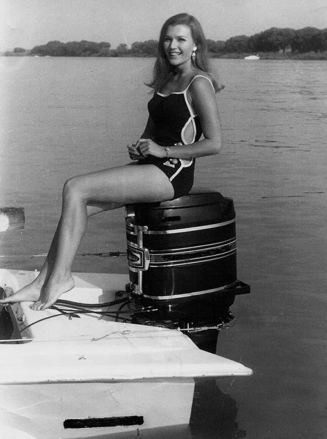 Мэй Macк - мать Илона Мacка, 1969 год