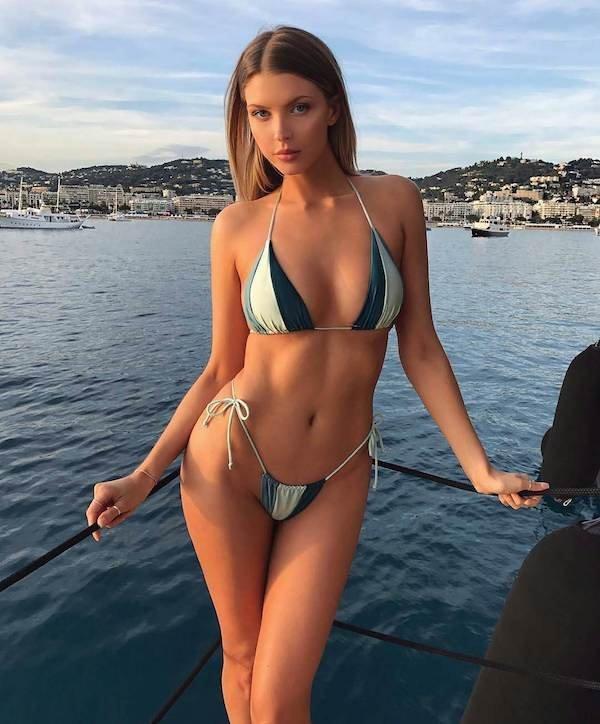 V Bikini