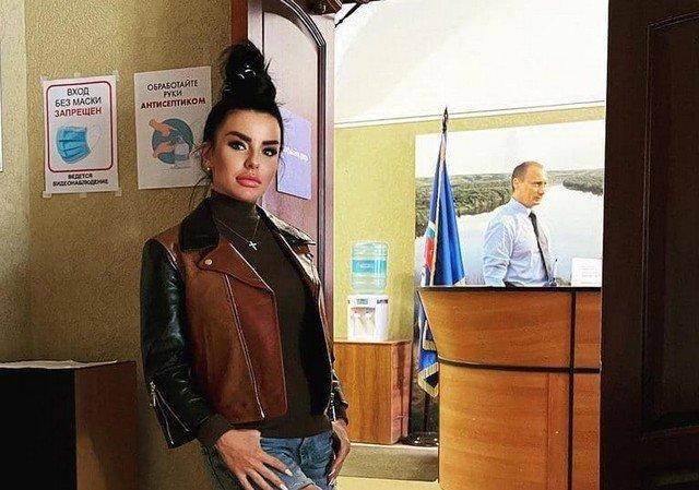 Юлия Волкова пошла в политику