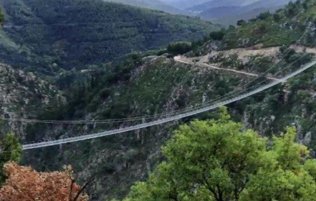 Над пропастью и рекой Пайва в Португалии открылся самый длинный пешеходный подвесной мост