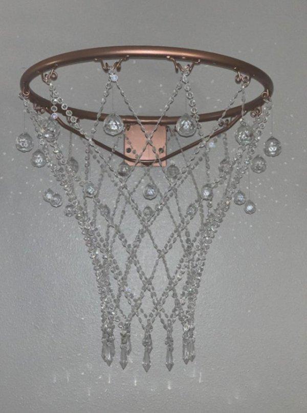 Баскетбольное кольцо из розового золота с кристаллами