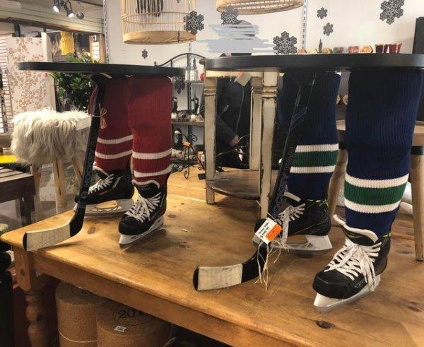 Табуретки-хоккеисты