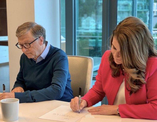Билл Гейтс разводится с Мелиндой Гейтс после 27 лет брака подписывают договор
