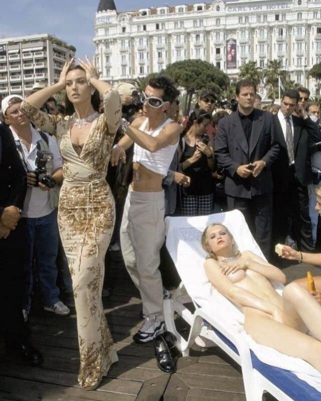 Моника Беллуччи на Каннском кинофестивале, 1997 г.