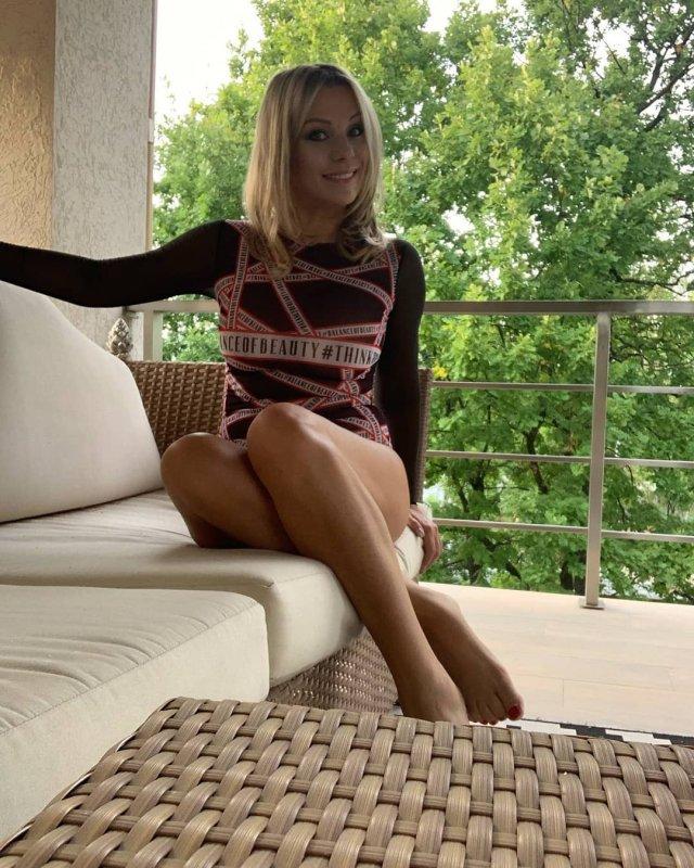 Ирина Салтыкова в купальнике