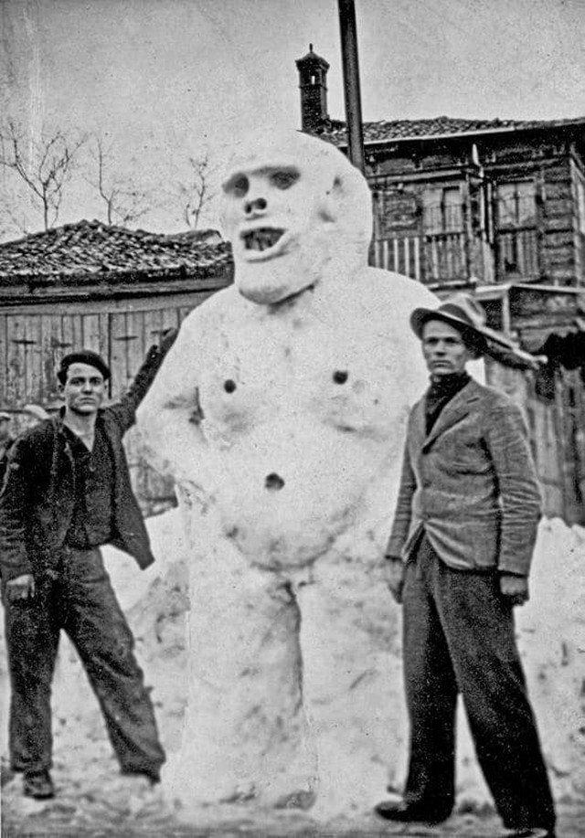 Снеговик в Стамбуле. Турция, 1929 год