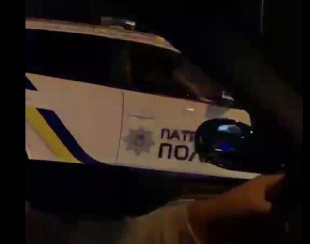 Жесткий разговор с украинскими полицейскими