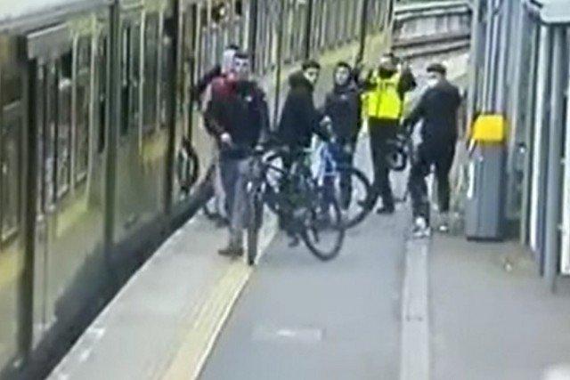 Лучше не попадаться агрессивным велосипедистам из Ирландии