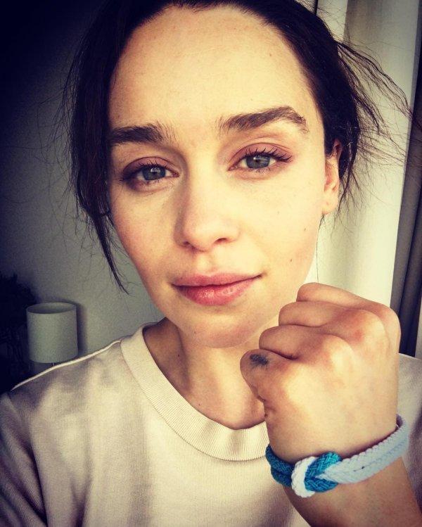 Эмилия Кларк сделала татуировку в память о её роли в фильме «До встречи с тобой»