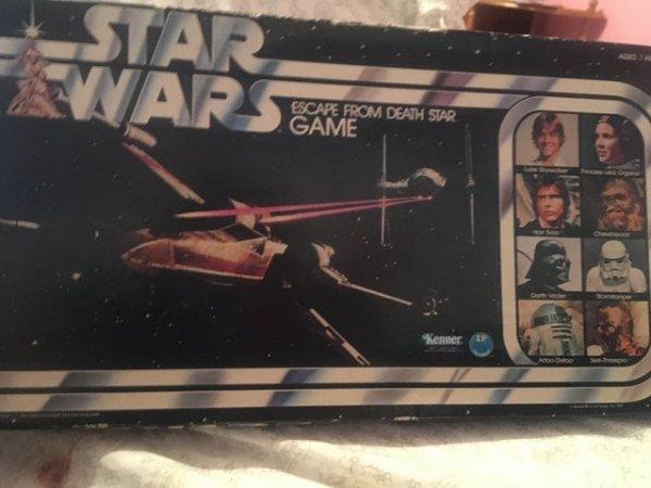 Нашла старую (и, похоже, нераспечатанную) настольную игру моего отца по «Звёздным войнам»
