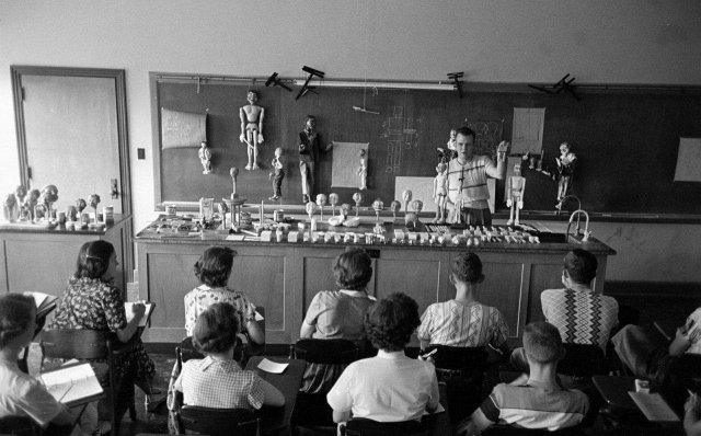 Курсы кукловодов, Талса, Миссури, 1951 год.