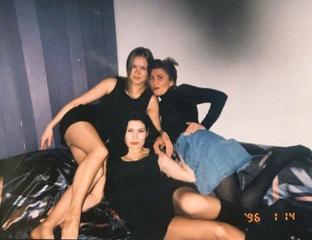 Девушки отдыхают, 1996 год.
