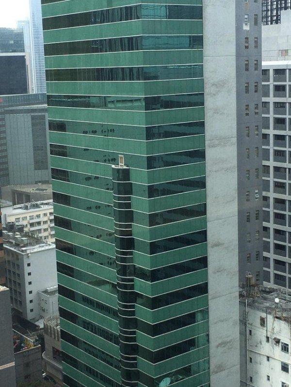 Зачем нужен этот балкон?