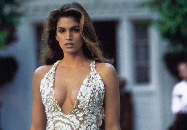 Синди Кроуфорд, 1992 год