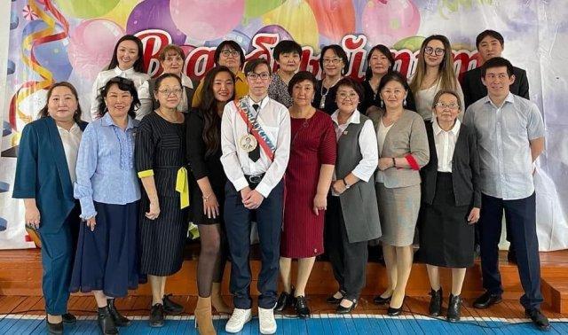 В якутском селе Ынга прозвенел звонок для одного ученика