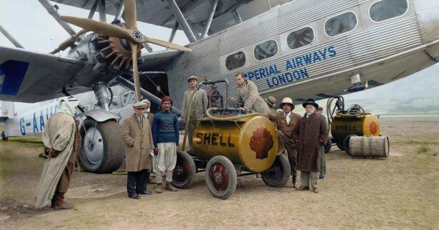 Дозаправка пассажирского самолета. Палестина, октябрь 1931 года.