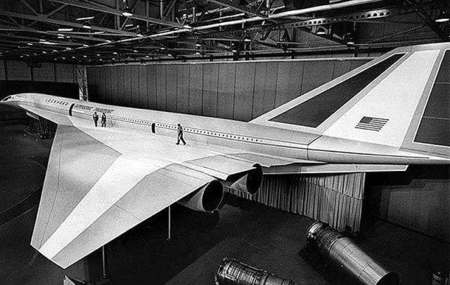 Boeing 2707 — проект американского сверхзвукового пассажирского самолета. 1971 год.