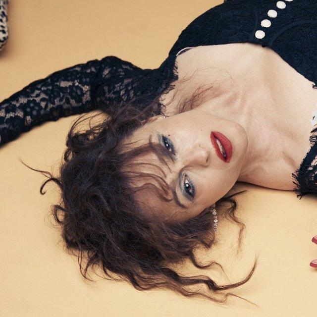 Хелена Бонем Картер в черном платье