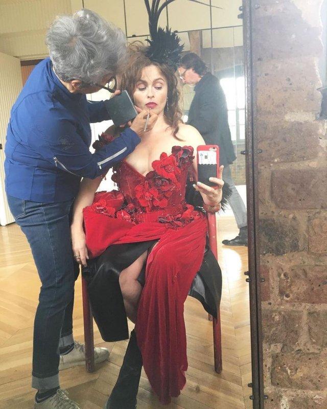 Хелена Бонем Картер в красном платье