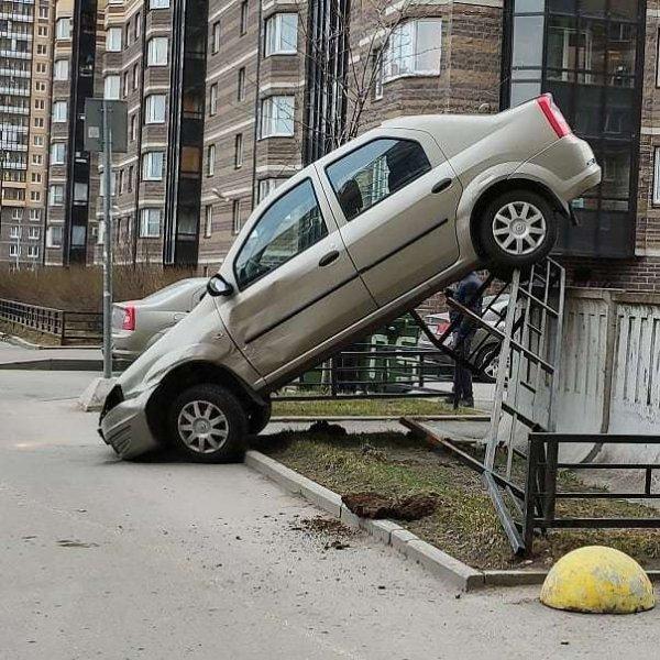 Удачно припарковался
