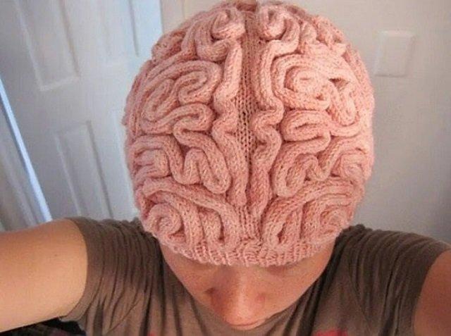 Такая шапочка точно согреет все, что нужно греть зимой. А некоторым людям просто хочется подарить.