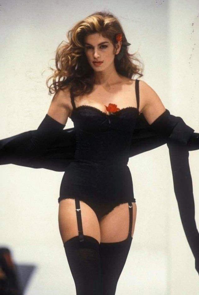 Синди Кроуфорд, 1992 год.