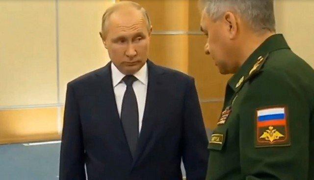 Сергей Шойгу представил Владимиру Путину макет нового главного музея Вооруженных сил