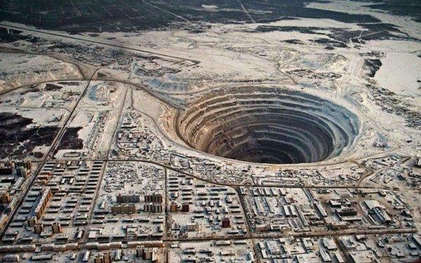 Подземный рудник «Мир» в Якутии