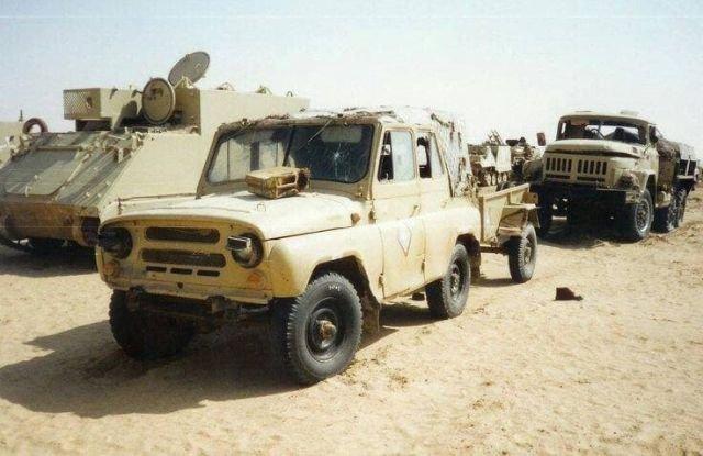 Трофейные УАЗ-462 и ЗИЛ-131 иракской армии