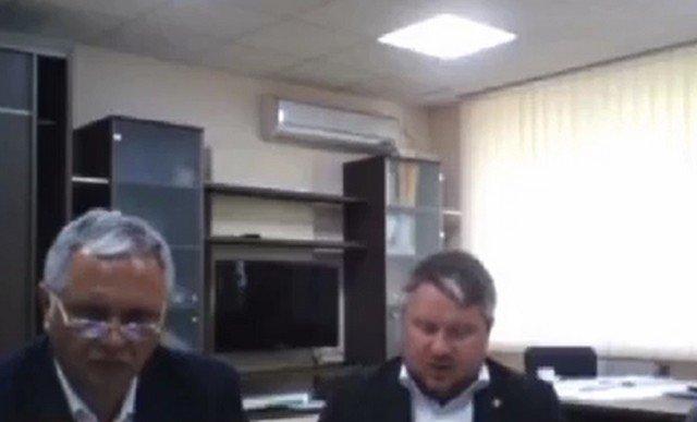 На совещании с главой Крыма появился человек из шкафа