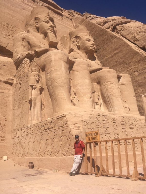 Монумент Абу-Симбел в Египте