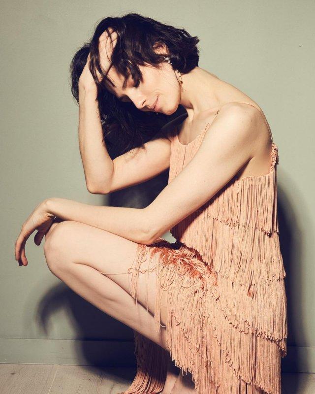 "Юлия Снигирь: звезда ""Обитаемого острова"" и самая известная актриса в Голливуде в розовом топе"